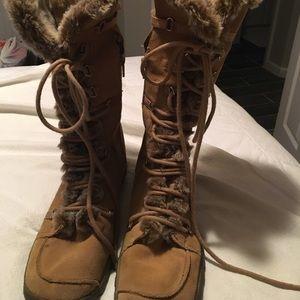 Skechers women's fur boots